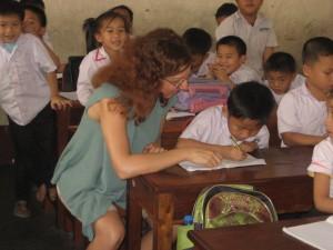 Delo z otroki v Laosu