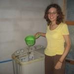 Pomoč pralnemu stroju, da dela (pri prijateljih)